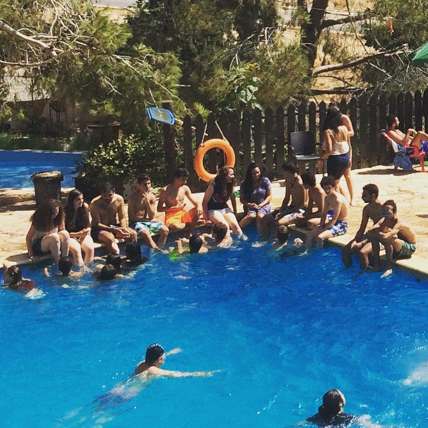 swimmingfriends-4